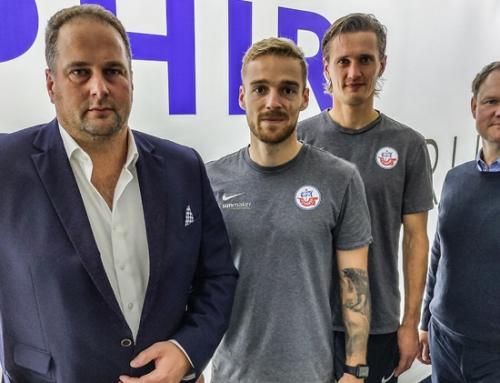 Bartwuchs für den guten Zweck: Nils Butzen und Kai Bülow gönnen der Rasierklinge eine Pause